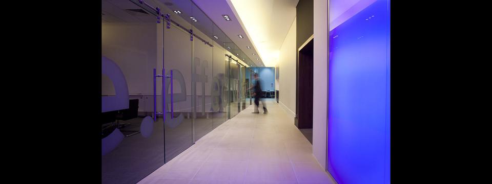 Devine Financial Management Financlal Advisers in London SW1W 0EB